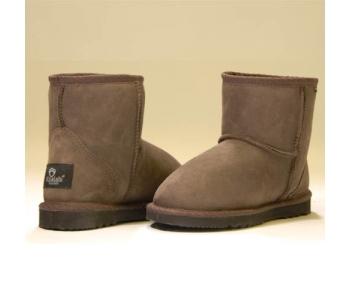 Какую выбрать женскую обувь для холодного времени года