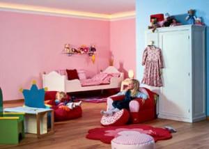 розовой отделки стен