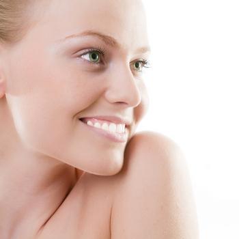 Протезирование зубов в СПБ - качественно и быстро