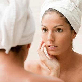 Причины появления на лице и теле угревой сыпи