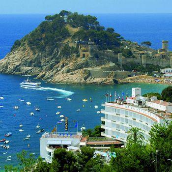 Чем привлекает Испания
