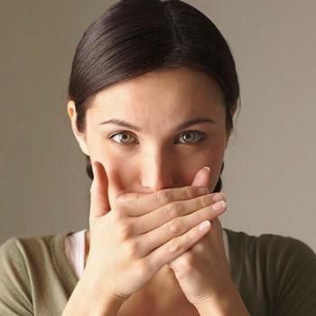 Борьба с запахом изо рта