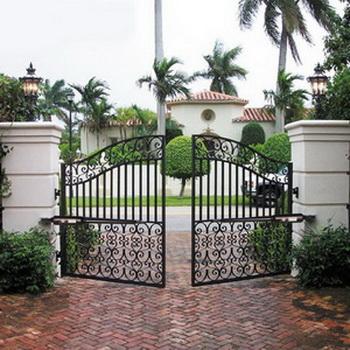 Заборы ворота