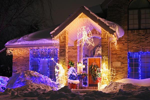 Новогодняя подсветка домов